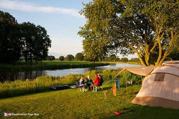 Campings aux pays bas camping naturel de roos for Magnifique ommen